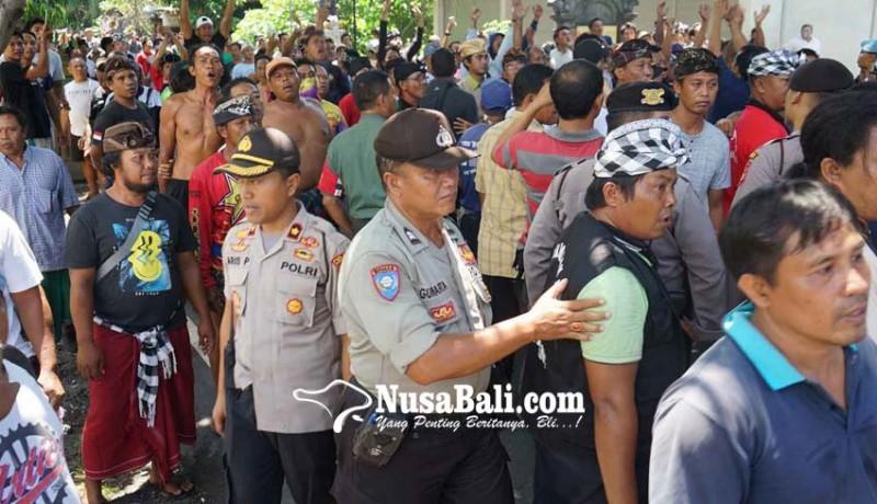 www.nusabali.com-desa-jasri-vs-perasi-tegang