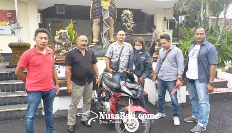 www.nusabali.com-gelapkan-motor-sales-diringkus