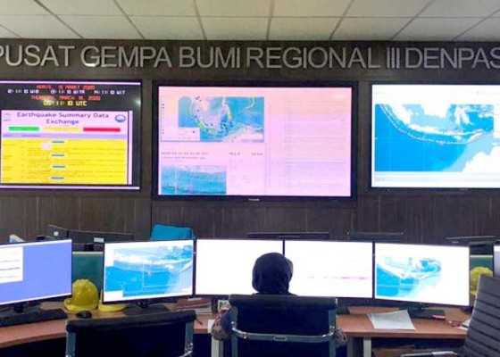 Nusabali.com - gempa-66-sr-guncang-nusa-dua-bbmkg-catat-19-gempa-susulan