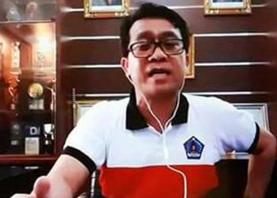 Nusabali.com - bupati-suwirta-mulai-gelar-rapat-lewat-video-conference