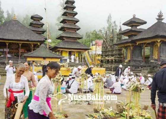 Nusabali.com - pamahayu-jagat-cegah-pancabaya-di-pasar-agung