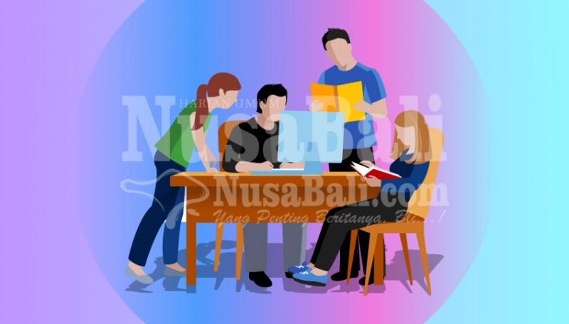 www.nusabali.com-relawan-covid-19-jadi-praktik-kerja-mahasiswa-tingkat-akhir