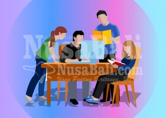 Nusabali.com - relawan-covid-19-jadi-praktik-kerja-mahasiswa-tingkat-akhir