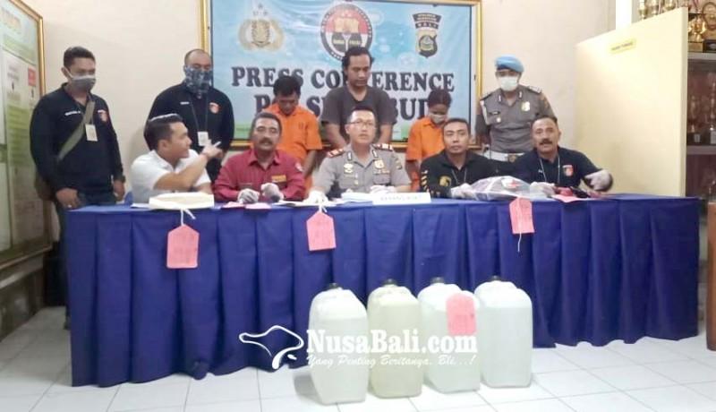 www.nusabali.com-polsek-ubud-sita-30-liter-arak-siap-edar
