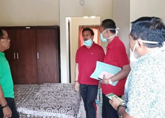 Nusabali.com - wow-bupati-gianyar-berikan-insentif-miliaran-sebulan-untuk-tenaga-medis-dan-paramedis-yang-tangani-covid-19
