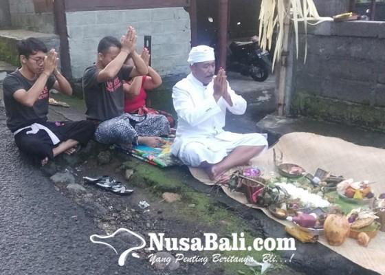 Nusabali.com - macaru-ebatan-hingga-nyakan-di-rurung