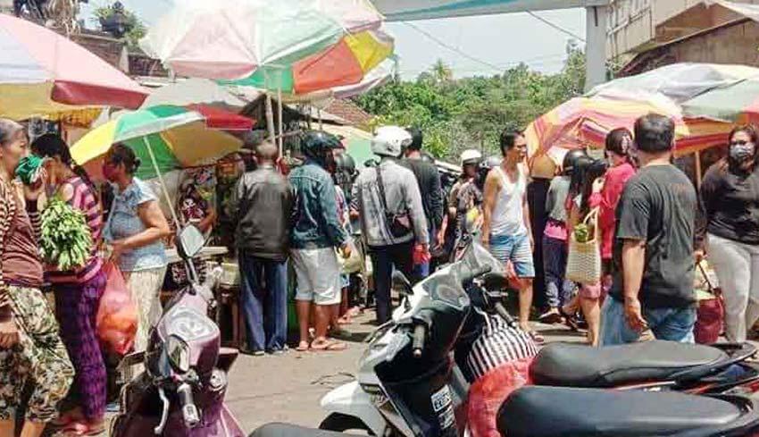 Nusabali Com Toko Modern Buka 7 Jam Pasar Kodok Tabanan Ditutup