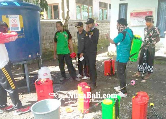 Nusabali.com - aksi-bagikan-masker-dan-disinfektan-gratis