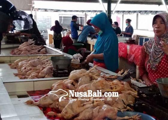 Nusabali.com - pedagang-berharap-perbaikan-pasar-pagi-subagan-ditunda