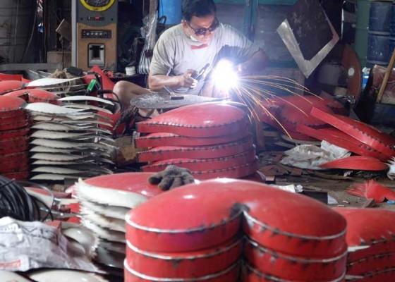 Nusabali.com - umkm-menanti-stimulus-ekonomi
