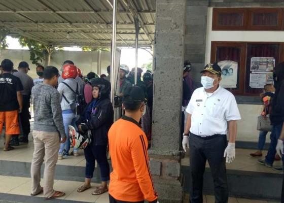 Nusabali.com - bupati-artha-instruksi-tolak-penumpang-dari-zona-merah