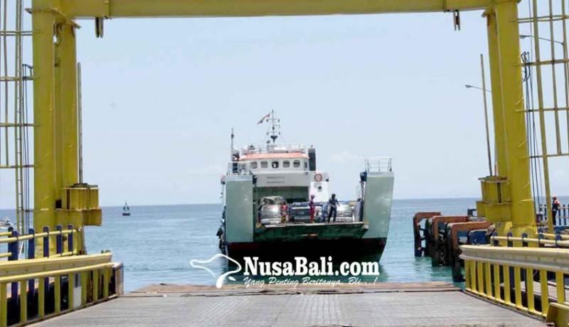 www.nusabali.com-penyeberangan-di-pelabuhan-padangbai-masih-normal