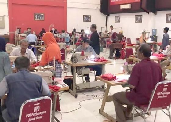 Nusabali.com - produksi-1-juta-masker-kantor-pdip-jatim-jadi-pusat-konveksi