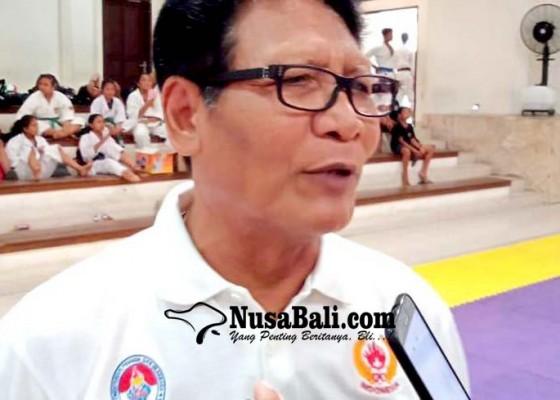 Nusabali.com - koni-bali-hentikan-aktivitas-keolahragaan