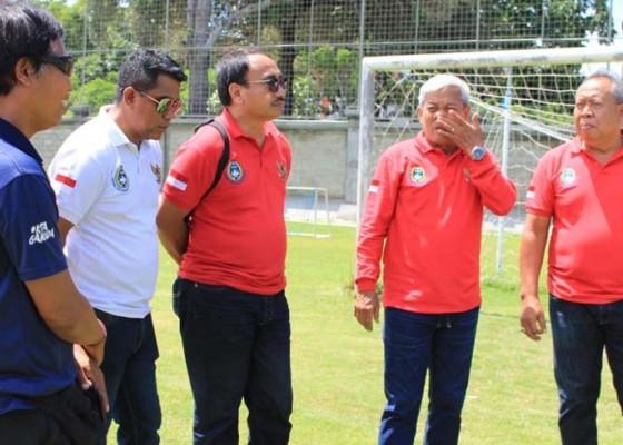 Nusabali.com - lagi-fifa-batal-inspeksi-stadion-dipta