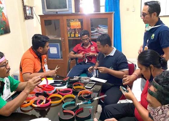 Nusabali.com - rsud-wangaya-produksi-apd-face-shield