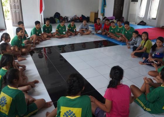 Nusabali.com - dinsosnakertrans-dorong-pekerja-anak-bersekolah
