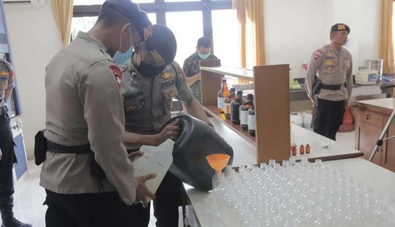 www.nusabali.com-arak-bali-disulap-jadi-hand-sanitizer