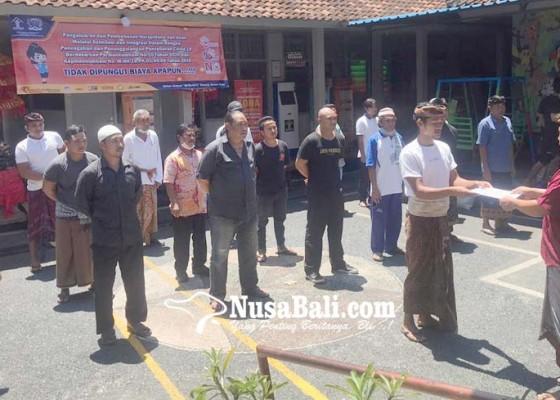 Nusabali.com - giliran-24-napi-rutan-gianyar-yang-dibebaskan