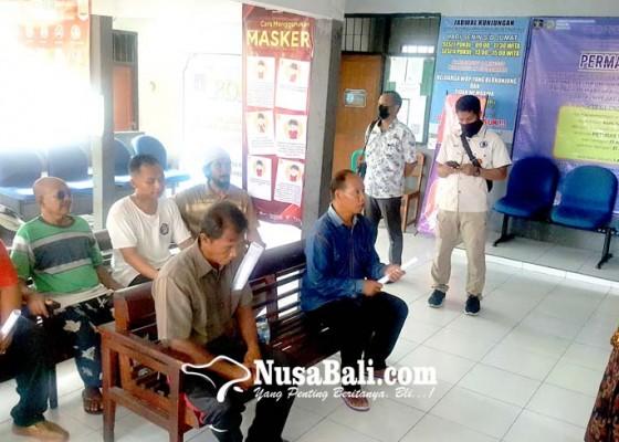 Nusabali.com - lapas-singaraja-keluarkan-64-narapidana