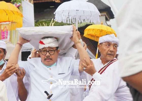 Nusabali.com - wagub-mundut-pralingga-bhatara-lingsir-di-pura-besakih