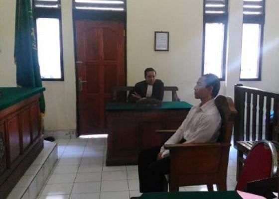 Nusabali.com - pelaku-penusukan-dituntut-25-tahun