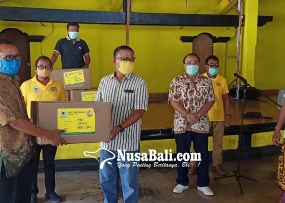 Nusabali.com - semua-anggota-fraksi-golkar-se-bali-diinstruksikan-potong-gaji-75-persen
