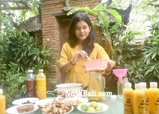 Nusabali.com - inspiratif-wfh-diselingi-produksi-jamu-rumahan