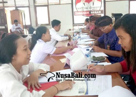 Nusabali.com - pelantikan-300-cpns-lewat-teleconference