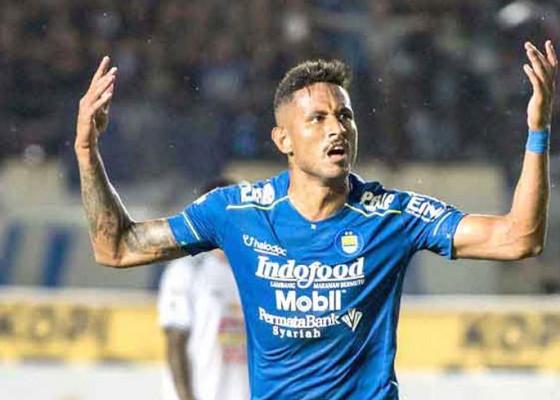 Nusabali.com - bawa-surat-sembuh-striker-persib-siap-terbang-ke-brasil