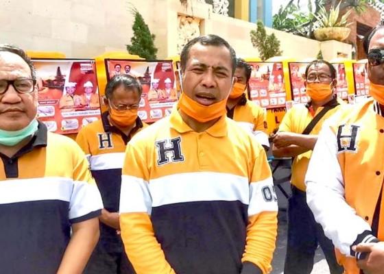 Nusabali.com - satgas-covid-19-hanura-bali-distribusikan-wastafel-ke-9-dpc