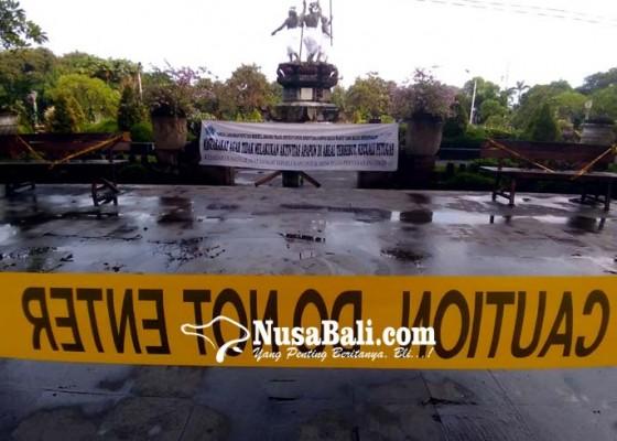Nusabali.com - masih-ada-yang-bengkung-olahraga-di-lapangan
