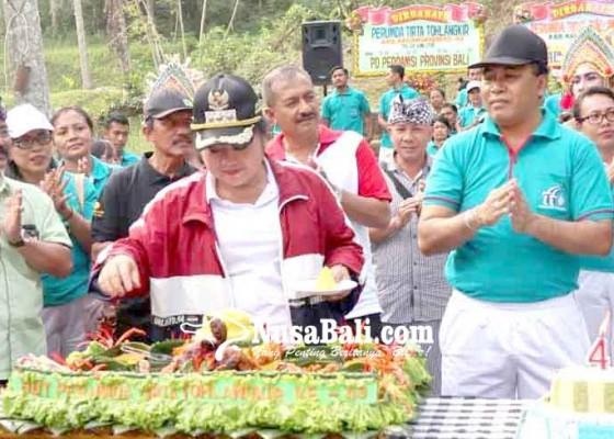 Nusabali.com - gratiskan-tagihan-perumda-tirta-tohlangkir-subsidi-rp-18-m