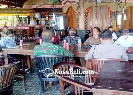 Nusabali.com - dua-hotel-di-amed-tawarkan-tempat-karantina-pmi