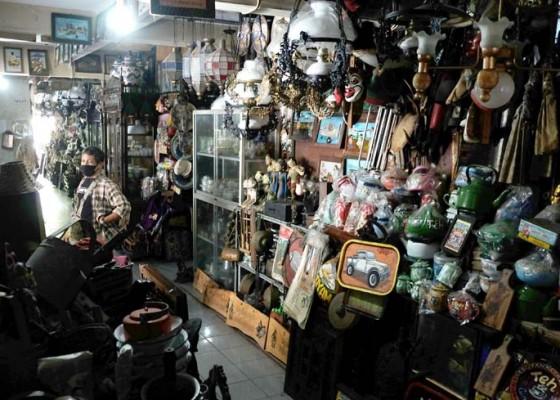 Nusabali.com - pasar-barang-antik