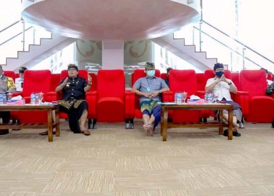 Nusabali.com - kebijakan-desa-adat-harus-sejalan-dengan-pusat