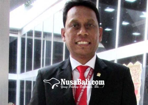 Nusabali.com - kariyasa-apresiasi-buruh-batalkan-rencana-demo