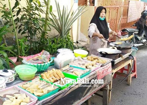 Nusabali.com - pedagang-takjil-dibatasi-hingga-1600-wita
