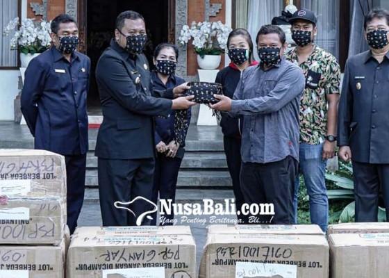 Nusabali.com - bali-united-bagikan-20-ribu-masker