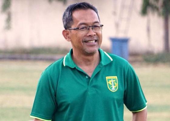 Nusabali.com - aji-lanjutkan-hobi-main-burung