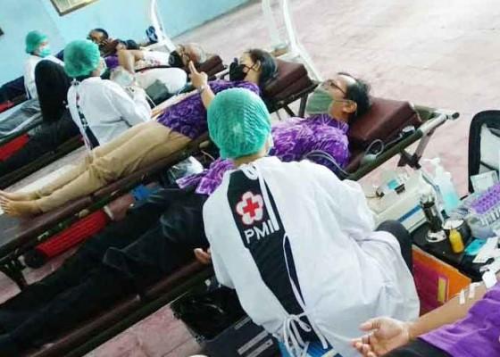 Nusabali.com - peringati-hari-buruh-fsp-par-donor-darah