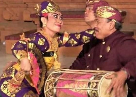 Nusabali.com - maestro-kendang-tjok-hendrawan-berpulang