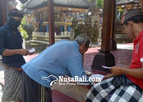 Nusabali.com - panitia-lakukan-pungut-suara-dari-rumah-ke-rumah