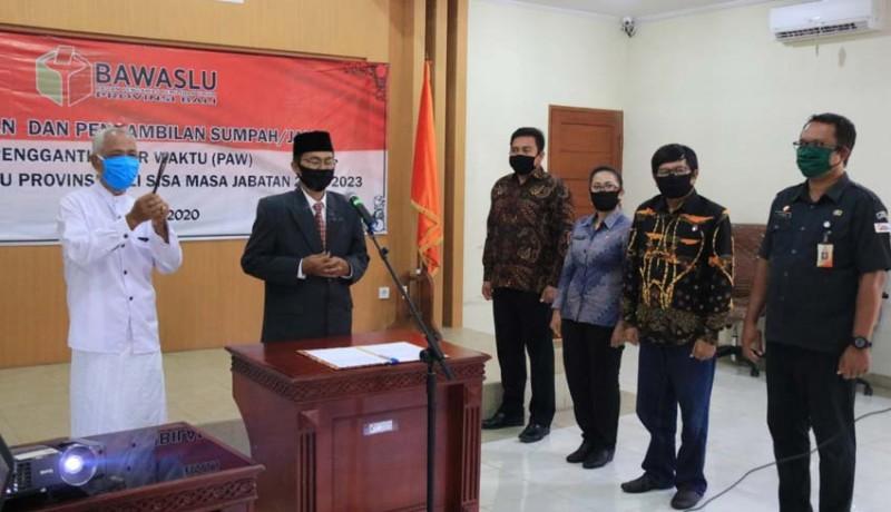 www.nusabali.com-sunadra-dilantik-jabatan-bawaslu-bali-kocok-ulang