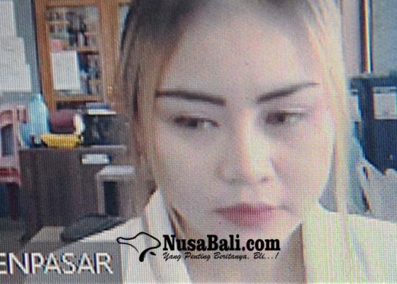 Nusabali.com - rebutan-cowok-gadis-cantik-dituntut-7-bulan