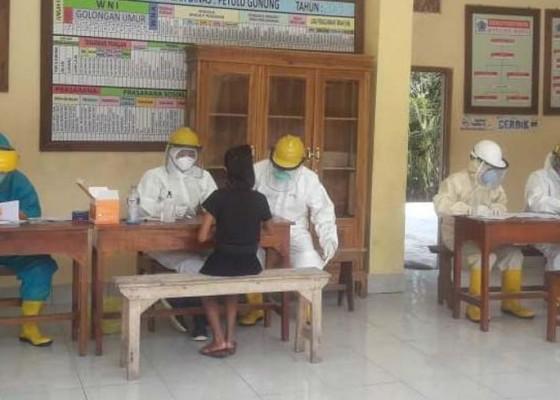 Nusabali.com - 93-warga-desa-petulu-dirapid-test-1-orang-reaktif