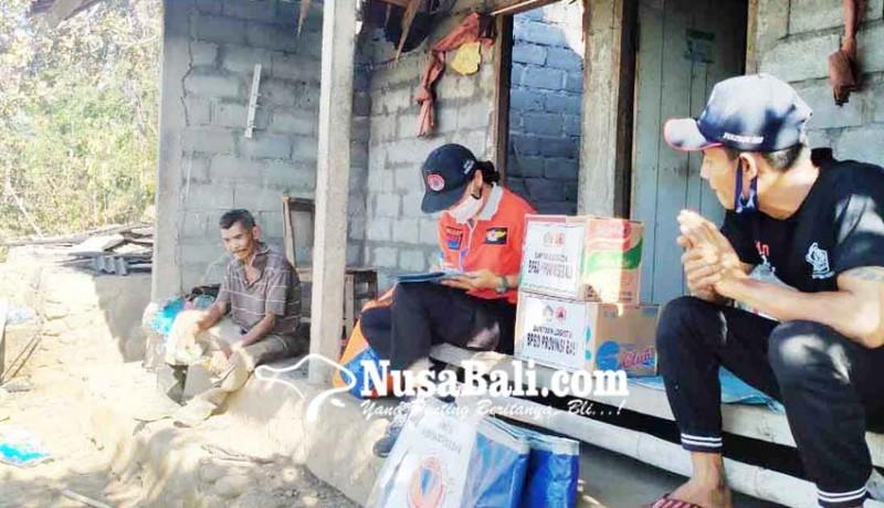 www.nusabali.com-bpbd-bantu-korban-kebakaran-di-banjar-babakan
