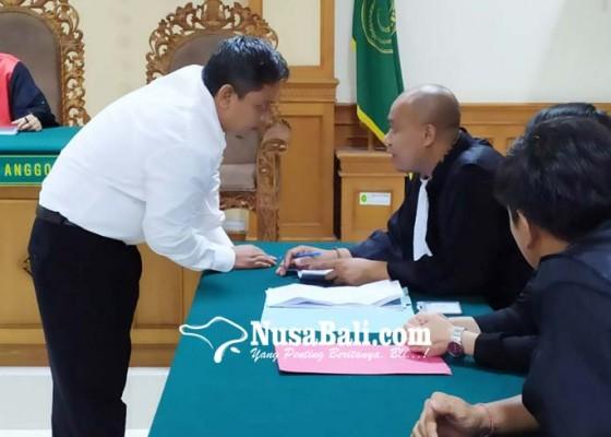 Nusabali.com - eks-ketua-lpd-gerokgak-dituntut-3-tahun