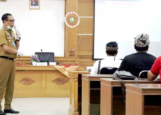 Nusabali.com - wabup-suiasa-sosialisasikan-kebijakan-penanganan-covid-19-di-kecamatan-kuta
