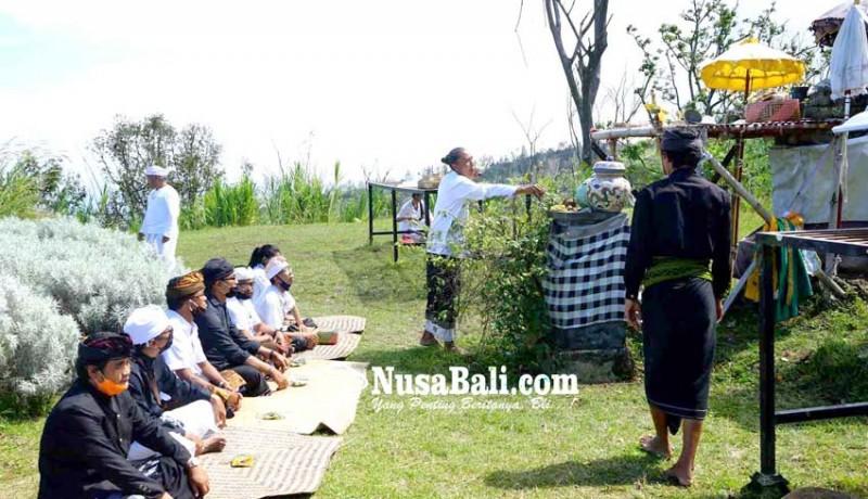 www.nusabali.com-prajuru-adat-rencanakan-pembangunan-pura-tunggul-besi